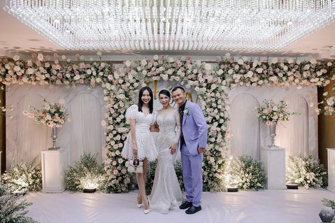 Dàn nghệ sĩ Việt dự đám cưới ca sĩ Mỹ Ngọc với chồng đại gia hơn 12 tuổi - Ảnh 11.
