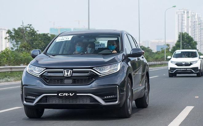 Hàng loạt SUV 'quốc dân' giảm giá mạnh tại Việt Nam