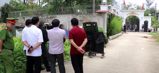 Nghệ An: Khởi tố, bắt tạm giam chủ nhà bắn chết 2 người trước cổng - Ảnh 2.