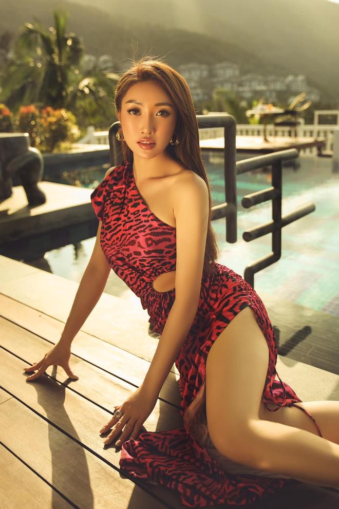 Vợ 3 kém 16 tuổi của Chi Bảo: Mặt xinh, vóc dáng nóng bỏng - Ảnh 8.