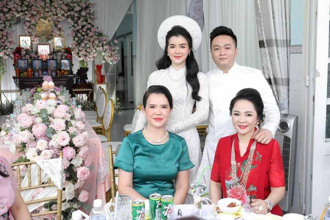 Trang Trần gây bất ngờ khi bênh vực con dâu bà Phương Hằng - người liên tục khiêu chiến với cô - Ảnh 4.