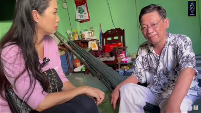 Nghệ sĩ Linh Phước phải cắt chân 2 lần vì bệnh quái ác: Tới khi đó tôi mới nhìn vợ khóc - Ảnh 1.