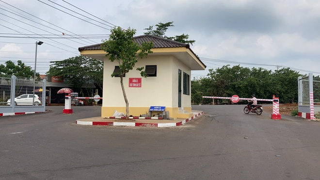Bênh bạn gái, 2 nhóm hỗn chiến làm 3 người bị thương ở KCN Long Khánh  - Ảnh 2.
