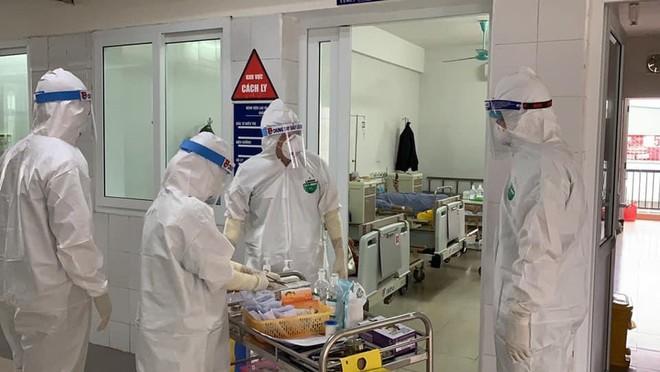 Tối 10/5, thêm 16 ca mắc COVID-19 ở cộng đồng; Bộ Y tế thông tin chính thức về ca sốc phản vệ sau tiêm vắc xin COVID-19 tại Đà Nẵng - Ảnh 1.