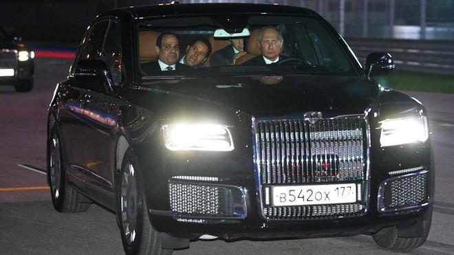 Chiếc xe gấu Nga dành cho tổng thống Putin: Thế giới choáng ngợp! - Ảnh 7.