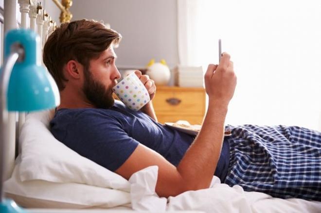 Hãy bỏ ngay những thói quen này khi thức dậy vào buổi sáng - Ảnh 8.