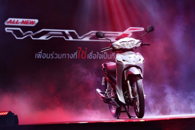 """Chiếc xe máy """"ăn chắc, mặc đẹp"""" hàng Thái, đi 100km tốn 1,3 lít xăng, giá 28,5 triệu đồng - Ảnh 1."""