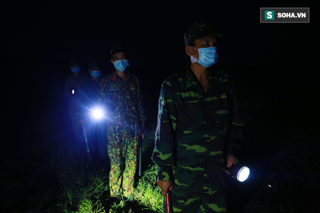 Biên giới Tây Ninh: 50m một chốt, bộ đội căng mình chặn sóng Covid cho Tổ Quốc - Ảnh 10.