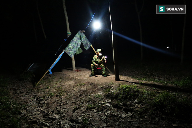 Biên giới Tây Ninh: 50m một chốt, bộ đội căng mình chặn sóng Covid cho Tổ Quốc - Ảnh 13.