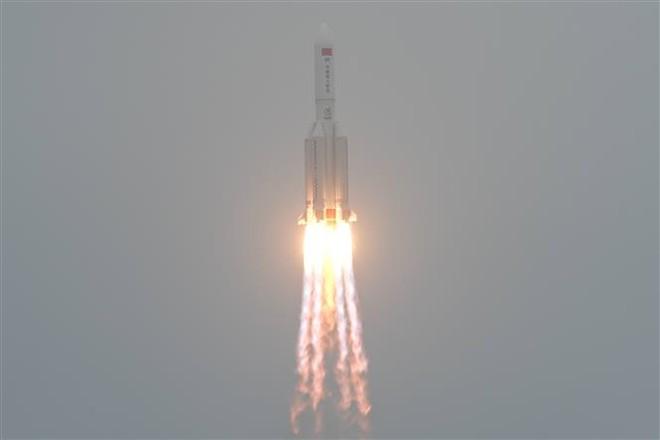 London, New York vào tầm ngắm: TQ có thể biến các tên lửa rơi điên cuồng thành vũ khí hủy diệt - Ảnh 1.