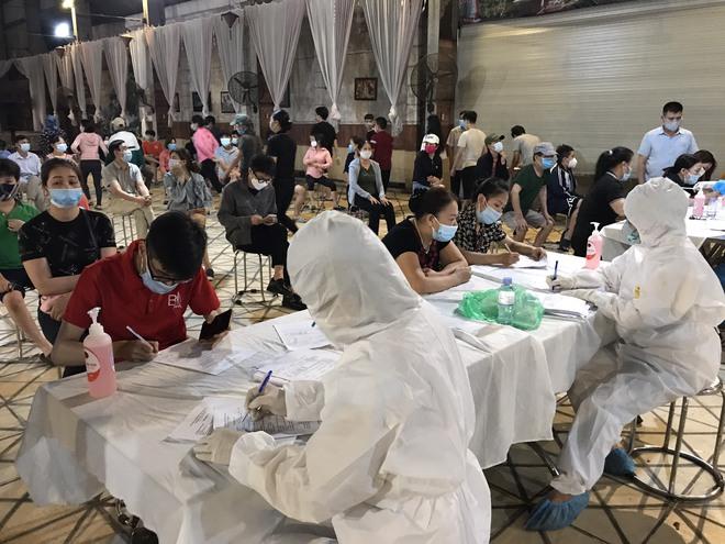 Nam sinh đi bê cỗ mắc Covid-19 ở Bắc Ninh: Bạn bè nói ham tiền rước họa vào thân, nhiều người trách vì làm họ đi cách ly - Ảnh 2.