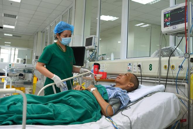 Điều gì xảy ra bên trong 2 tâm dịch Covid-19 ở Hà Nội: Tình hình của chúng tôi không phức tạp như nhiều người nghĩ - Ảnh 2.