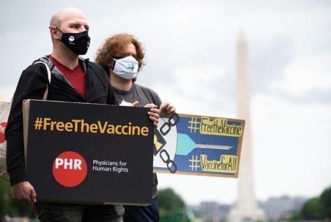 Bỏ bảo hộ quyền sáng chế vaccine, Mỹ sẽ giúp thế giới thoát khỏi đại dịch Covid-19? - ảnh 2