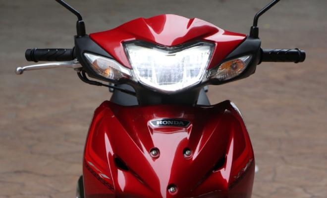 """Chiếc xe máy """"ăn chắc, mặc đẹp"""" hàng Thái, đi 100km tốn 1,3 lít xăng, giá 28,5 triệu đồng - Ảnh 7."""