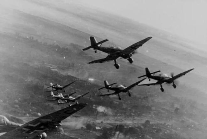 Đội quân 'chiến thần' đỉnh cao chỉ với 7 trinh sát buộc 1.300 quân lính và 200.000 người phải đầu hàng - ảnh 2