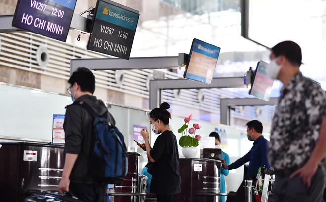 """Hành khách hủy chuyến, Vietnam Airlines, Bamboo Airways, Vietjet Air """"ỉm"""" luôn các khoản phí sân bay, phí an ninh?"""