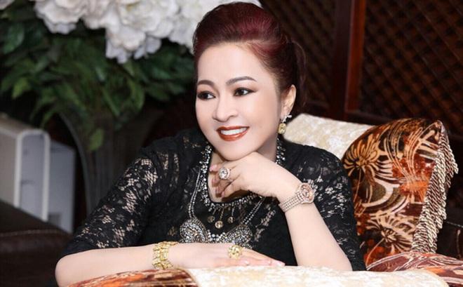 Bà Nguyễn Phương Hằng kể chuyện hoa hậu mua giải, được mời đi thi sắc đẹp nhưng từ chối