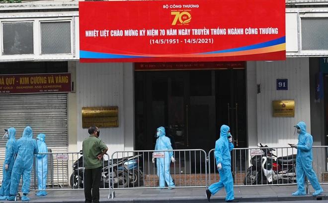 Cách ly khẩn tòa nhà 91 Đinh Tiên Hoàng, xét nghiệm toàn bộ cán bộ Tổng Cục QLTT liên quan vợ chồng dương tính SARS-CoV-2