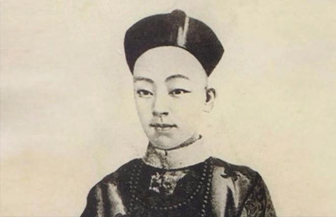 Đám cưới xa hoa nhất lịch sử Trung Quốc: Tiêu tốn hơn 5 triệu lượng bạc, đẩy nhà Thanh vào bờ vực sụp đổ! - Ảnh 1.