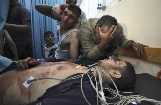 Khoảnh khắc kinh hoàng của các nạn nhân - Dồn dập tin nóng bỏng nhất về chiến sự Israel - Palestine - Ảnh 2.