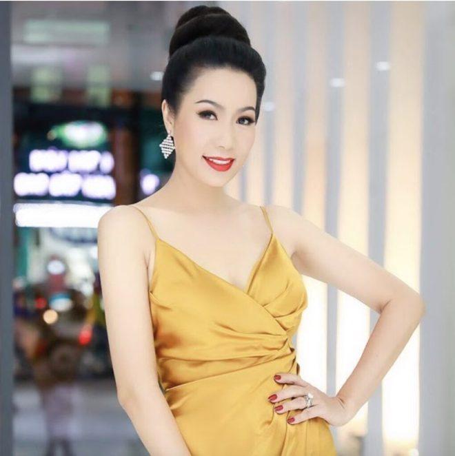 6 nghệ sĩ bị bà Phương Hằng livestream khiêu chiến, chỉ trích nặng nề, lôi cả chuyện đời tư - Ảnh 6.