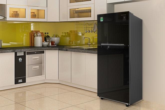 Tủ lạnh 5 triệu đồng, dung tích trên 200 lít, đáng mua có loại nào? - Ảnh 1.