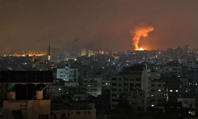 NÓNG: Israel chính thức phát động cuộc chiến tranh trên bộ nhằm vào Gaza - Đạn pháo rực lửa - Ảnh 2.