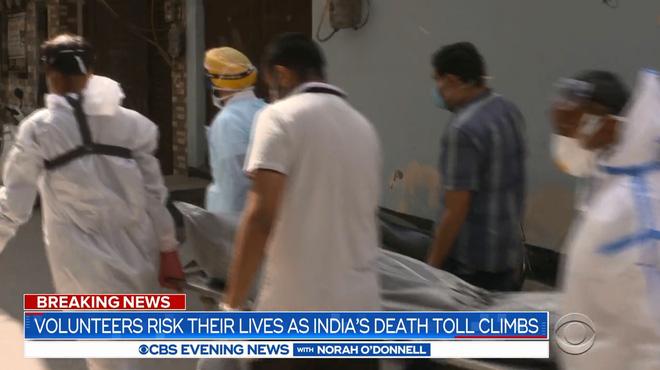 Ấn Độ: Củi chất thành núi cao 3m, trải dài hơn 1 sân bóng - tất cả chỉ để hỏa táng! - Ảnh 2.