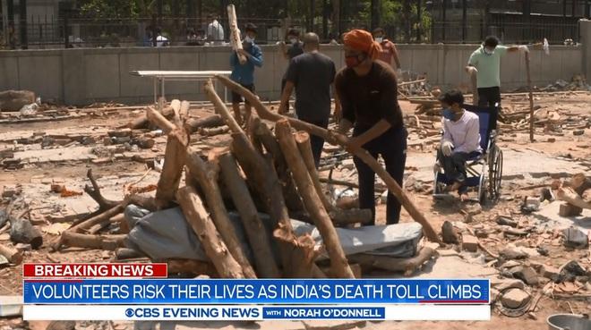 Ấn Độ: Củi chất thành núi cao 3m, trải dài hơn 1 sân bóng - tất cả chỉ để hỏa táng! - Ảnh 5.