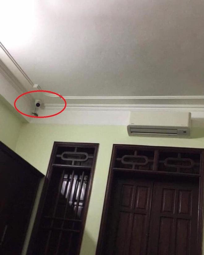 Nữ sinh chia sẻ ảnh phòng ngủ gắn camera, ẩn ức phía sau khiến phụ huynh giật mình hối hận - Ảnh 1.