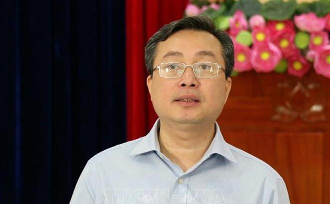 Kỷ luật khiển trách Phó Ban Tuyên giáo Trung ương Bùi Trường Giang