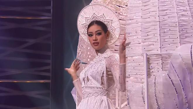 Khánh Vân xuất hiện theo cách chưa từng có tại Hoa hậu Hoàn vũ Thế giới khiến khán giả trầm trồ  - Ảnh 9.