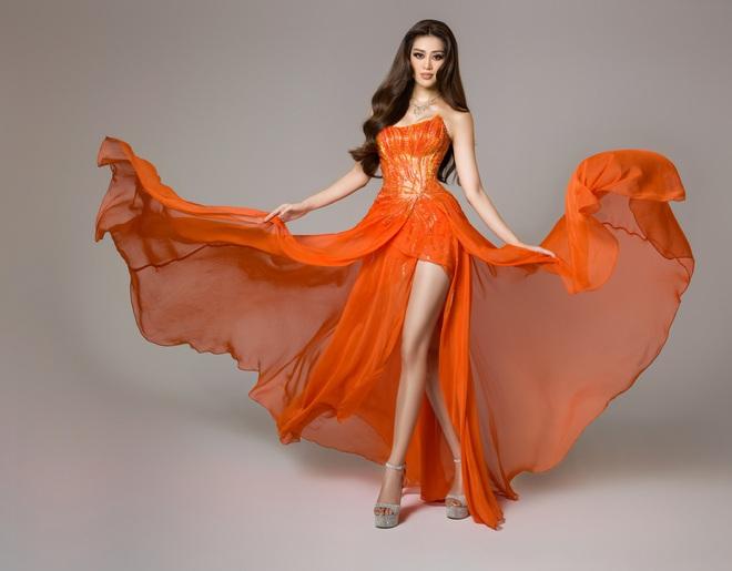 Cận cảnh bộ đồ nóng bỏng, gây ấn tượng mạnh của Khánh Vân trên sân khấu bán kết Hoa hậu Hoàn vũ Thế giới 2020 - Ảnh 5.
