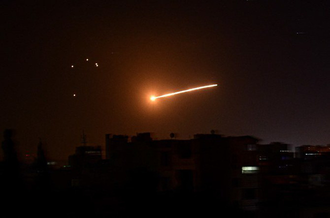 Rocket từ Syria nã vào Israel, chiến sự tiếp tục nóng -  - Ảnh 1.
