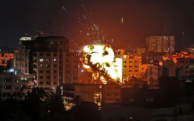Israel tung cú đấm kinh thiên động địa: 40 phút tử thần sấm sét, Hamas choáng váng - Ảnh 2.