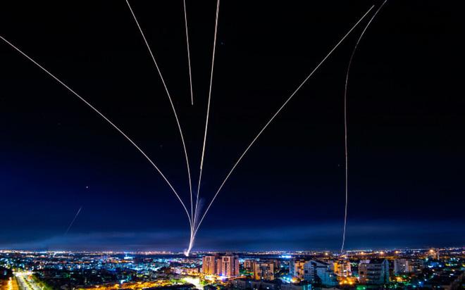 Những đường hầm chết chóc: Israel truy lùng tận cùng Hamas, quyết xóa sổ 14.000 tên lửa! - Ảnh 1.