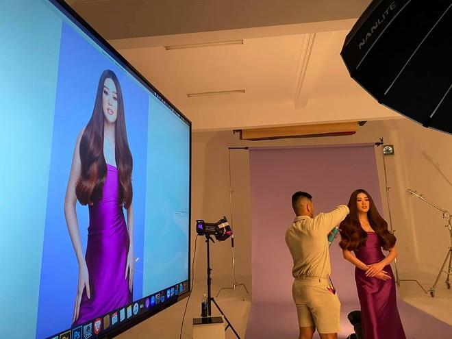 Khoảnh khắc hoa hậu Khánh Vân đau đớn, bật khóc khi mặc thử bộ đồ nặng 30kg - Ảnh 7.
