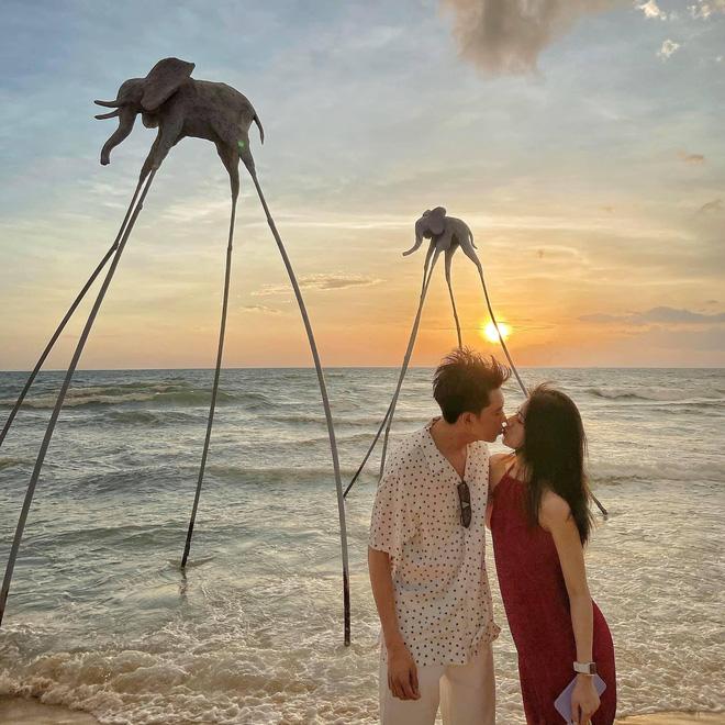Chạm mặt trong chuyến du lịch, cặp đôi không ngờ lại nên duyên một cách diệu kỳ dù sống cách nhau 4 giờ bay - Ảnh 2.