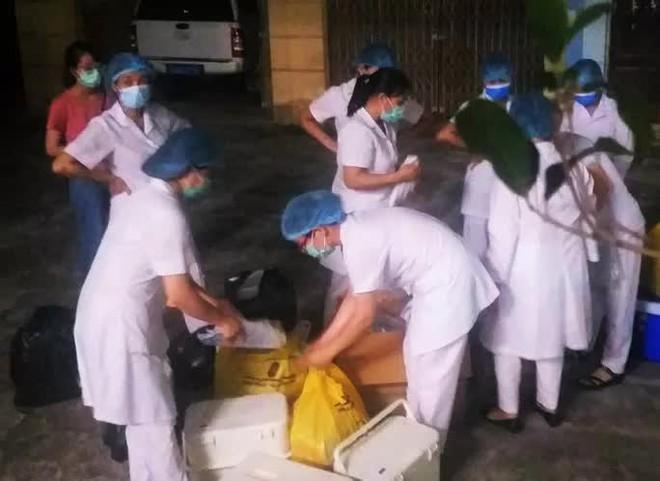 Thuê nhóm thợ làm cửa có F1 của ca siêu lây nhiễm, ông 74 tuổi dương tính với SARS-CoV-2 - Ảnh 1.