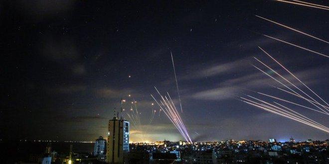 Bất chấp rocket bắn trả, Israel dồn lực tung đòn nốc-ao người Palestine - Gaza chìm trong biển lửa! - Ảnh 1.
