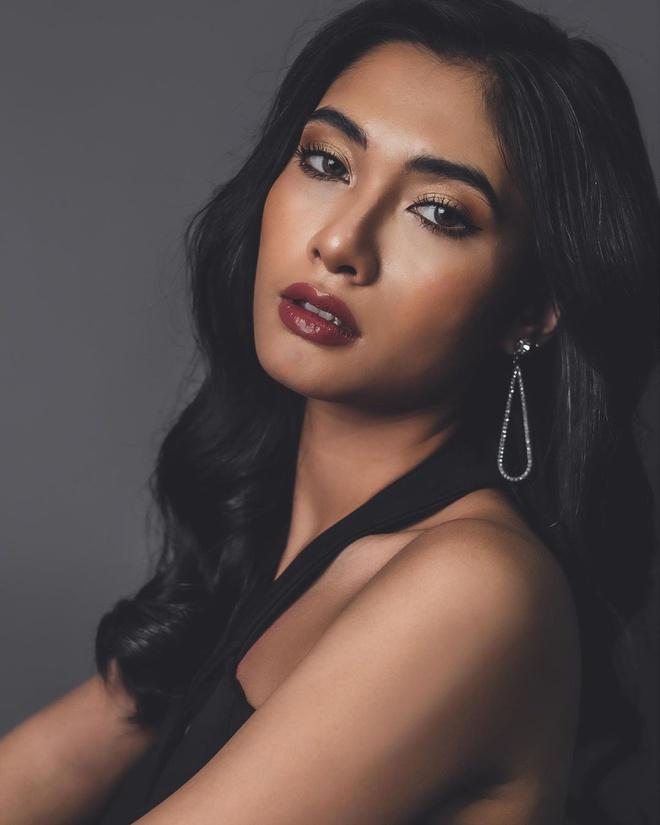 Nhan sắc của Hoa hậu Myanmar gây chú ý vì cầu cứu trên sân khấu Hoa hậu Hoàn vũ Thế giới? - Ảnh 5.