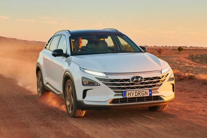 Mẫu ô tô Hyundai lập kỷ lục thế giới, chạy gần 900 km chỉ với 1 bình nhiên liệu nạp đầy - Ảnh 6.