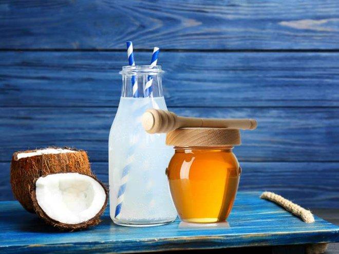 Nước dừa pha thêm 1 thìa thứ này, vừa ngon lại giúp trẻ hóa, thải độc - Ảnh 1.
