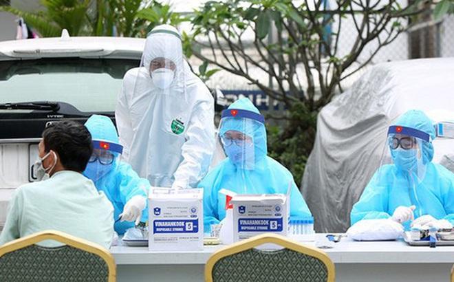 Nóng: TP HCM phát hiện 1 đồng nghiệp của người đàn ông ở Thủ Đức dương tính với SARS-CoV-2