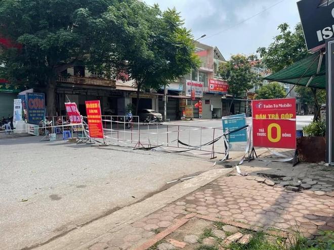 Tất cả công nhân ổ dịch cty Hosiden ở Bắc Giang có thể đã nhiễm bệnh; Bắt giám đốc 29 tuổi, chủ mưu đăng tải các clip liên quan bar Sunny - Ảnh 1.