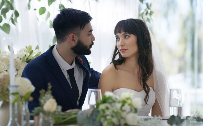 """Em trai nhất quyết """"mời"""" các chị gái ra khỏi lễ cưới vì vi phạm quy tắc này"""