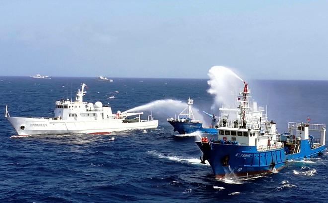 Trung Quốc bị tố tráo trở nuốt trọn bãi Scarborough và lời thừa nhận không ngờ của ông Tập