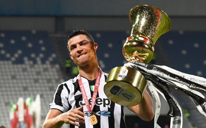 Viết tâm thư chia tay Juventus, Ronaldo đến MU để nhận lương cao nhất CLB?