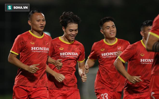Trưởng đoàn tiết lộ cái khó của ĐT Việt Nam ở UAE, hé lộ cơ hội thi đấu cho Đoàn Văn Hậu