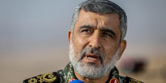 Tướng Iran: Hamas đã đánh gãy xương Israel - Hàng nghìn chiến binh Palestine rầm rộ khoe vũ khí chọc thủng hệ thống Vòm Sắt - Ảnh 1.